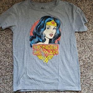 DC Comics Tops - Wonder Woman tshirt